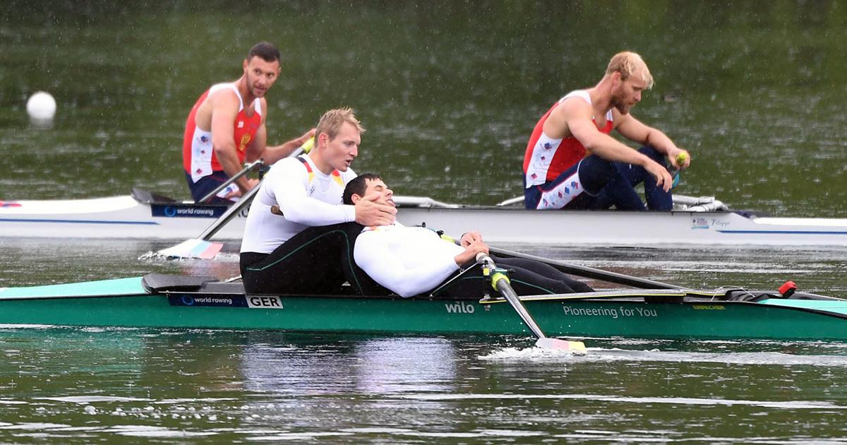 Das müssen sie erst einmal sacken lassen: Für Peter Kluge (l.) und Clemens Ernsting platzte in Luzern der Traum von den Olympischen Spielen 2016. Foto: Seyb/DRV