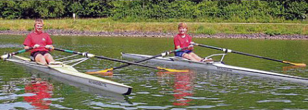 Hamburg statt Elbe-Seitenkanal: Hauke Müller (links) und Steffen Dralle gingen beim Bundeswettbewerb für Jungen und Mädchen an den Start. Foto: Hoppmann